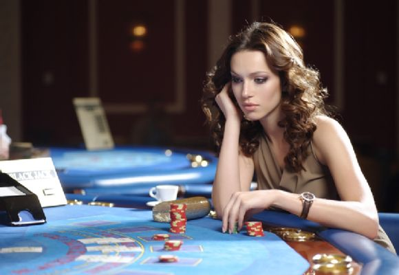 Helg spins Rounders casino 13927